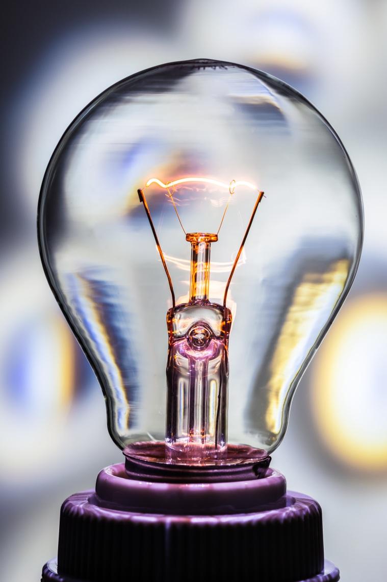 light-bulb-376926